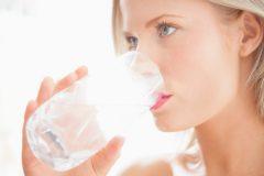 Добавь воды: 5 ежедневных ошибок при увлажнении кожи