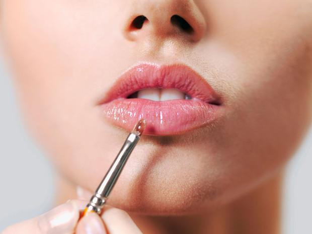 Почему хайлайтер ─ это новый карандаш для губ