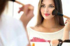 3 вещи, которые вредно делать перед макияжем