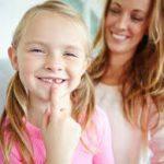 Изюминка или изъян: надо ли исправлять щербинку между зубами