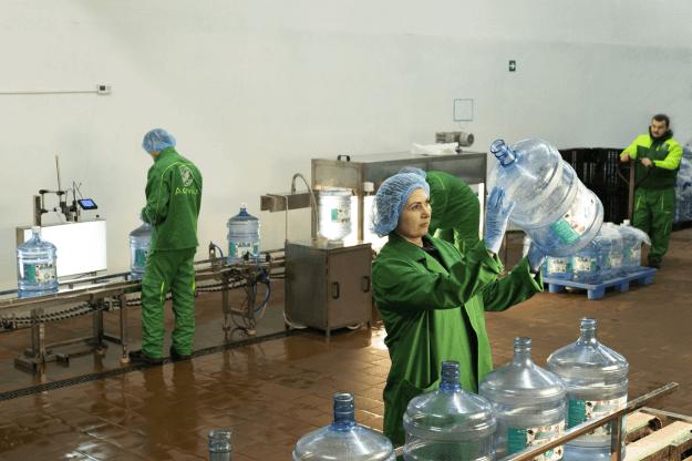 «Aquavika» — доставка воды лучшего качества, которая позволяет получить только наслаждение от питья