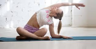 Что такое горячая йога: плюсы и минусы занятий