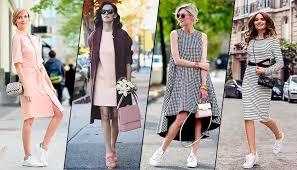 С чем носить кроссовки весной: 10 модных сочетаний