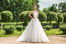 Каким должно быть идеальное свадебное платье