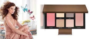 Pure Glow: 7 незаменимых средств для создания весеннего макияжа