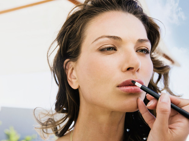 Как сделать летний макияж более стойким