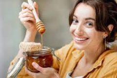 8 удивительных свойств меда для здоровья и красоты