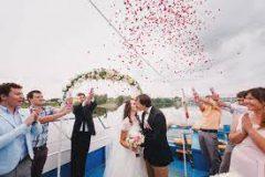 Теплоход – самый романтический свадебный транспорт