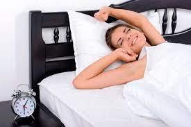 Как научиться раньше вставать по утрам: пошаговая инструкция
