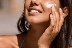 Все, что нужно знать о SPF-защите кожи: комментарии косметолога